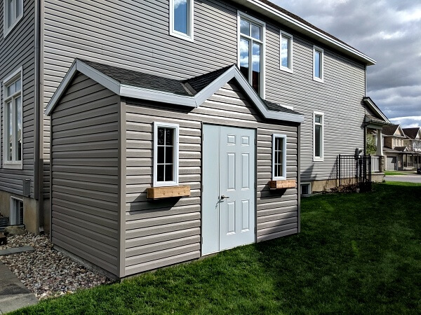 9x12 Victorian shed, door and a half, white accents - Summit Sheds, Ottawa