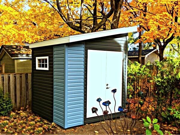 5x9 Artisan Shed, two tone premium vinyl siding, double steel doors - Summit Sheds, Ottawa